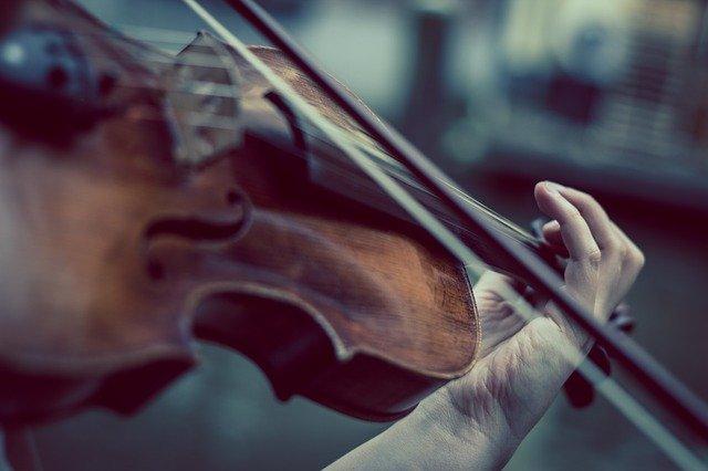 ¿Cuáles son las características de la música?